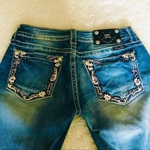 Miss Me Distressed Ankle Skinny Jeans size 28